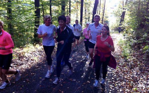 Lauftraining - Waldlaufen in der Gruppe